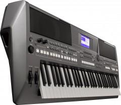 Синтезатор Yamaha PSR-S670